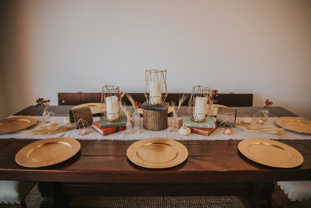rustic-trades-table-thanksgiving-rustic-tables-decor